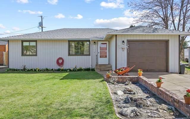 205 Maxwell St, Davenport, WA 99122 (#202114308) :: Freedom Real Estate Group