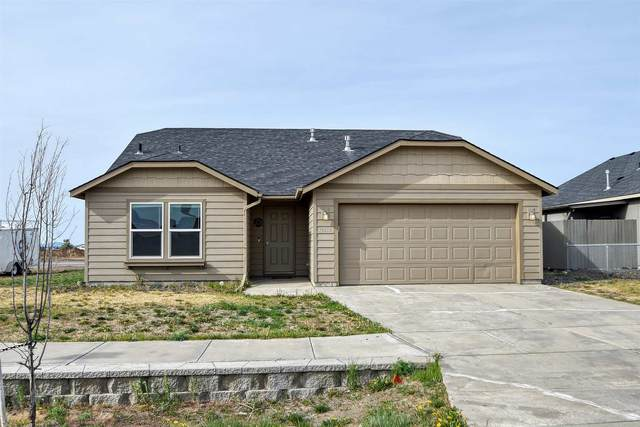 12930 W Pacific Ave, Airway Heights, WA 99001 (#202114830) :: Cudo Home Group