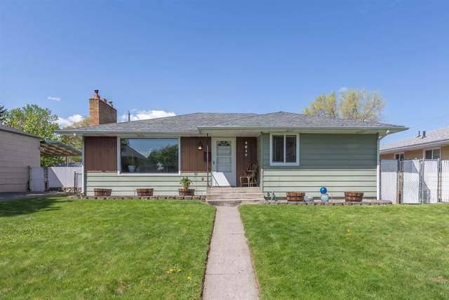 4817 N Smith St, Spokane, WA 99217 (#202114964) :: Elizabeth Boykin | Keller Williams Spokane