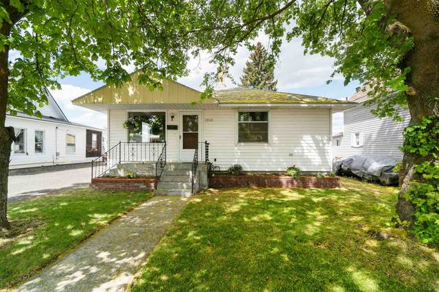 1915 E Heroy Ave, Spokane, WA 99207 (#202115000) :: Elizabeth Boykin | Keller Williams Spokane