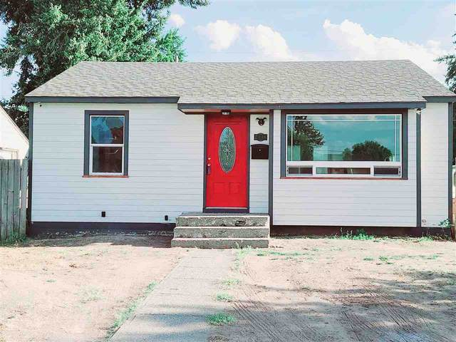 2418 E Hoffman Ave, Spokane, WA 99207 (#202115050) :: Elizabeth Boykin | Keller Williams Spokane