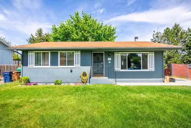 703 E Cascade Pl, Spokane, WA 98208 (#202115491) :: Top Agent Team