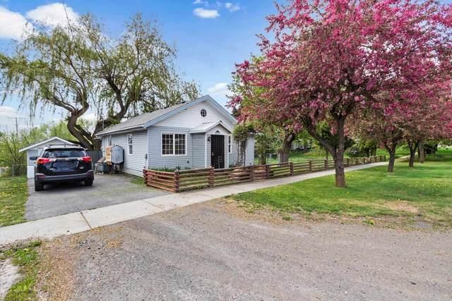 232 E Market St, Latah, WA 99018 (#202115579) :: The Spokane Home Guy Group