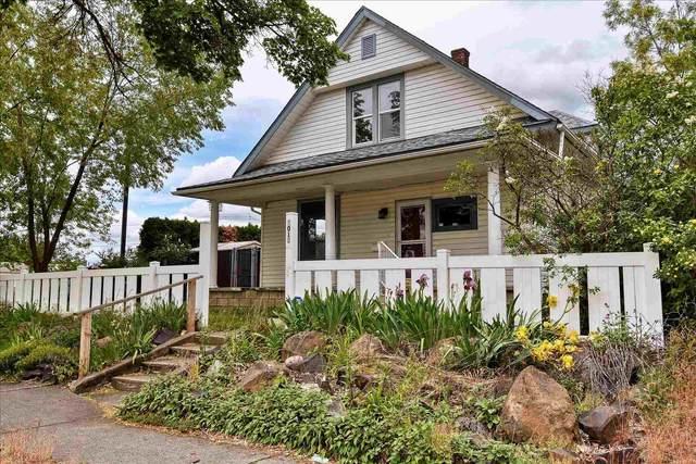 1013 E Bridgeport Ave, Spokane, WA 99207 (#202116266) :: Bernadette Pillar Real Estate