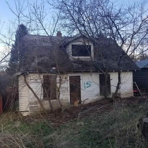 119 S Pine St, Rockford, WA 99030 (#202116875) :: The Spokane Home Guy Group