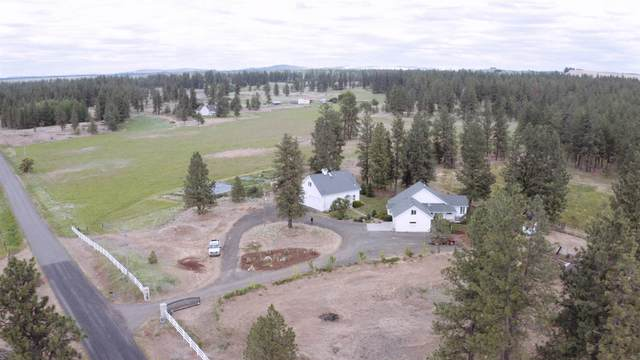 19619 S Culver Rd, Cheney, WA 99004 (#202117012) :: The Hardie Group