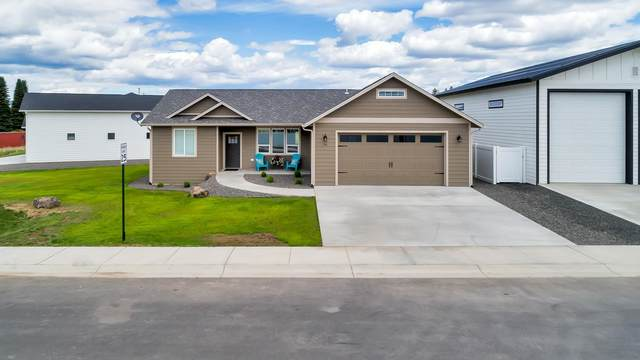 114 W Eleventh St 114 W 11th St, Deer Park, WA 99006 (#202117051) :: The Synergy Group