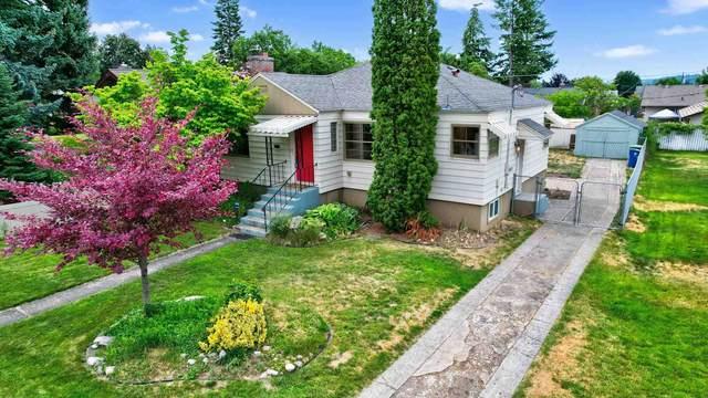 3009 W Dalton Ave, Spokane, WA 99205 (#202117053) :: The Spokane Home Guy Group