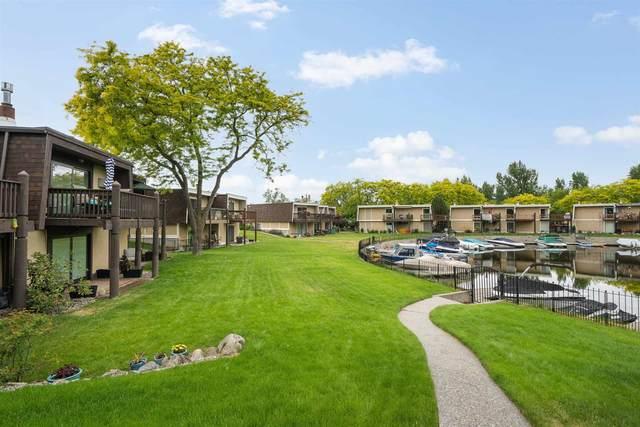 311 S Shoreline Dr Unit 1, Liberty Lake, WA 99019 (#202117090) :: Bernadette Pillar Real Estate