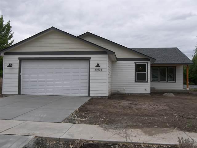 13924 E Sanson Ave, Spokane Valley, WA 99216 (#202117188) :: Top Agent Team