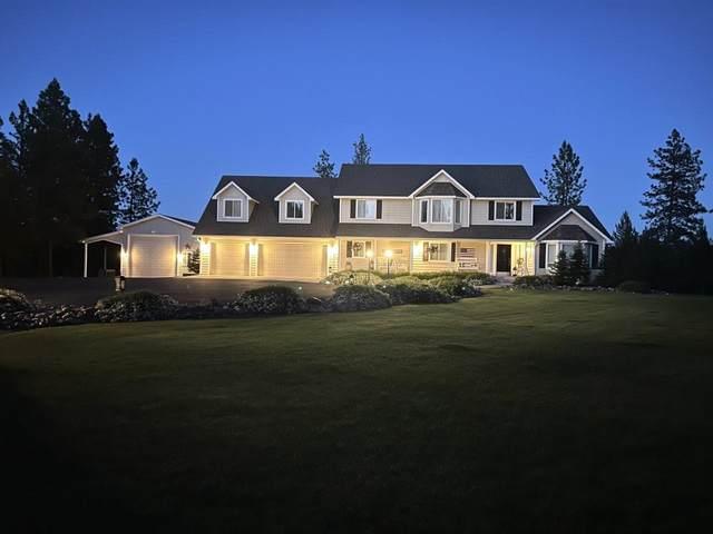 21002 Buckeye Lake Ln, Colbert, WA 99005 (#202117208) :: Bernadette Pillar Real Estate