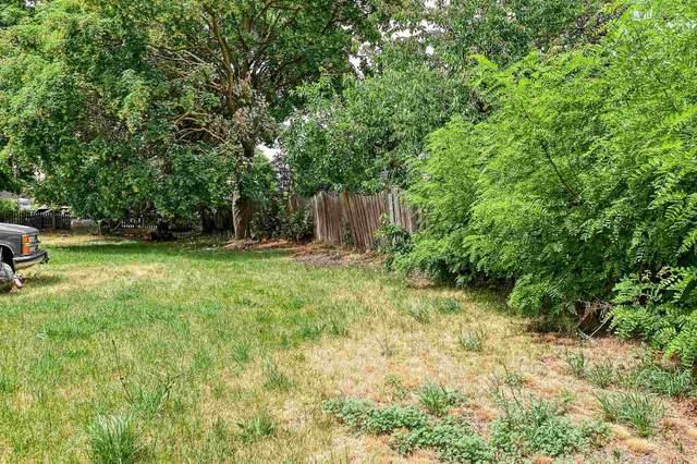 2502 N Magnolia St, Spokane, WA 99207 (#202117321) :: Freedom Real Estate Group