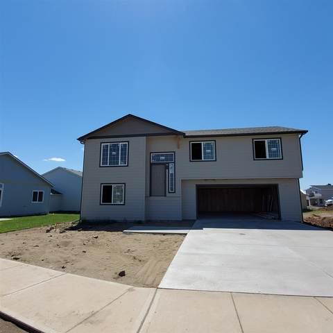 1851 W Lavender Ave, Spokane, WA 99208 (#202117663) :: Elizabeth Boykin | Keller Williams Spokane