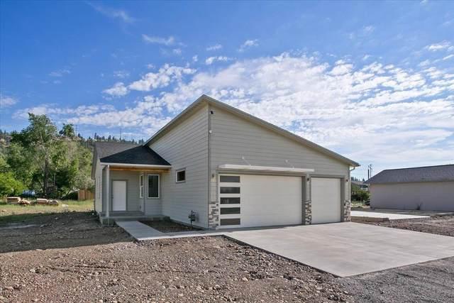 4915 E Grace Ave, Spokane, WA 99217 (#202117686) :: Elizabeth Boykin | Keller Williams Spokane