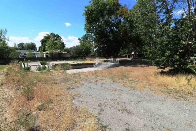 917 N Vista Rd, Spokane Valley, WA 99212 (#202117759) :: Freedom Real Estate Group