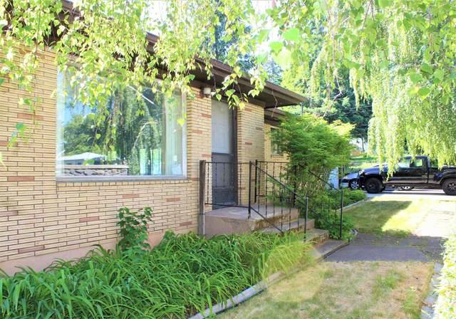2307 S Freya St, Spokane, WA 99223 (#202117879) :: Top Spokane Real Estate