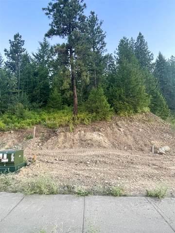 5022 S Lincoln Way, Spokane, WA 99224 (#202118003) :: Bernadette Pillar Real Estate