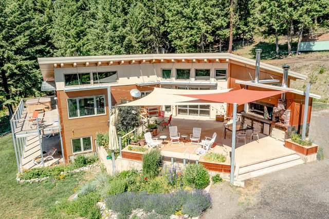 1667 Nickles Rd, Kettle Falls, WA 99141 (#202118063) :: Elizabeth Boykin | Keller Williams Spokane