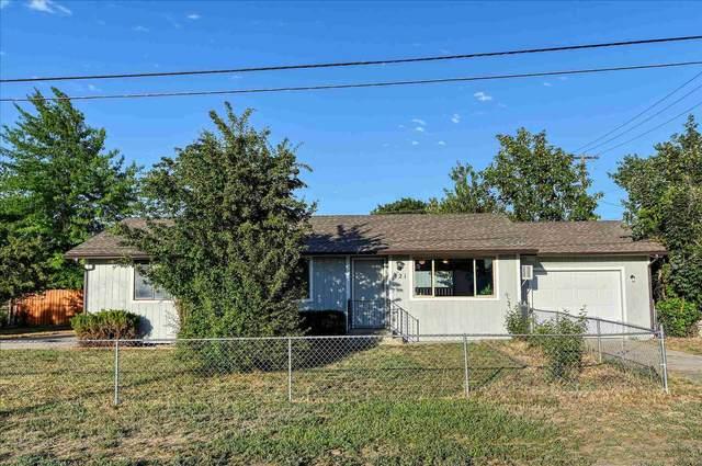 121 S Walker St, Medical Lake, WA 99022 (#202118641) :: Inland NW Group