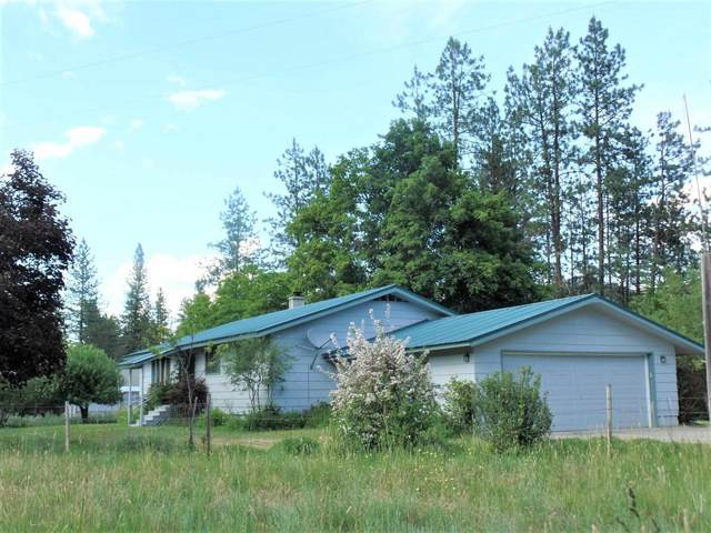 24822 N Hwy 395 Hwy, Kettle Falls, WA 99141 (#202119131) :: The Spokane Home Guy Group
