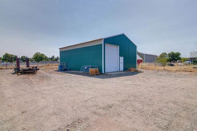 18410 E Desmet Ave, Greenacres, WA 99016 (#202119261) :: Trends Real Estate