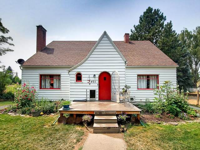 401 S Crosby St, Tekoa, WA 99033 (#202119279) :: Trends Real Estate