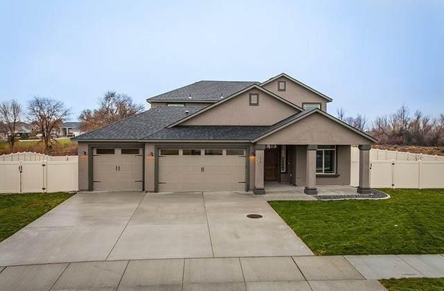 9308 W Floyd Dr, Cheney, WA 99004 (#202119321) :: The Spokane Home Guy Group