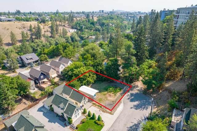2320 W Bennett Ave, Spokane, WA 99201 (#202119330) :: Bernadette Pillar Real Estate