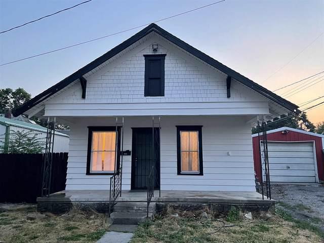 1811 N Morton St, Spokane, WA 99207 (#202119418) :: Bernadette Pillar Real Estate