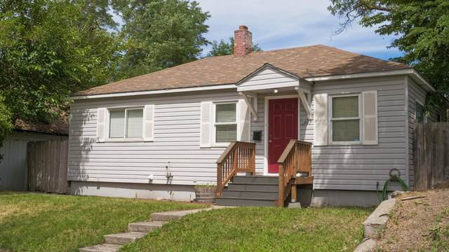 1707 E Mallon Ave, Spokane, WA 99202 (#202119547) :: RMG Real Estate Network