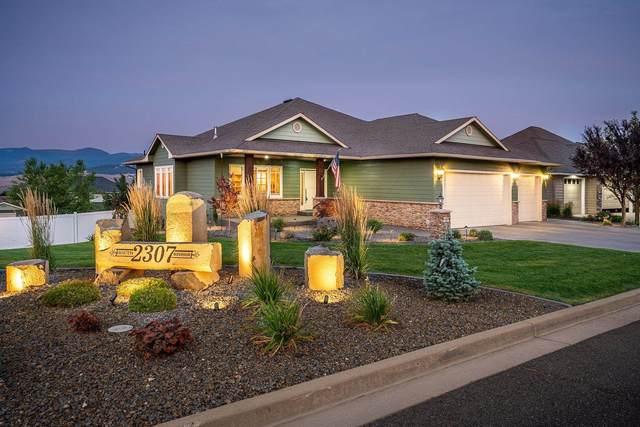 2307 S Windsor Dr, Greenacres, WA 99016 (#202119630) :: The Spokane Home Guy Group
