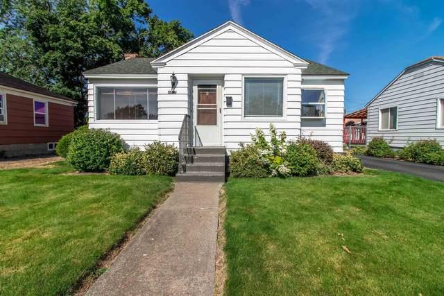 1717 N Lacey St, Spokane, WA 99207 (#202119667) :: Amazing Home Network