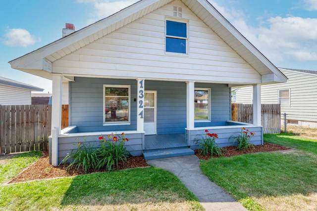 1324 E Walton Ave, Spokane, WA 99207 (#202119740) :: Elizabeth Boykin   Keller Williams Spokane