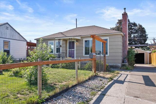 1406 E Rockwell Ave, Spokane, WA 99207 (#202119840) :: Trends Real Estate
