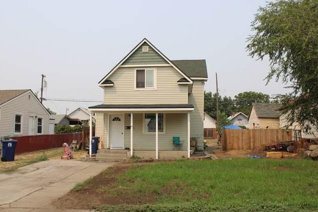 210 W Montgomery Ave, Spokane, WA 99205 (#202119929) :: Northwest Professional Real Estate