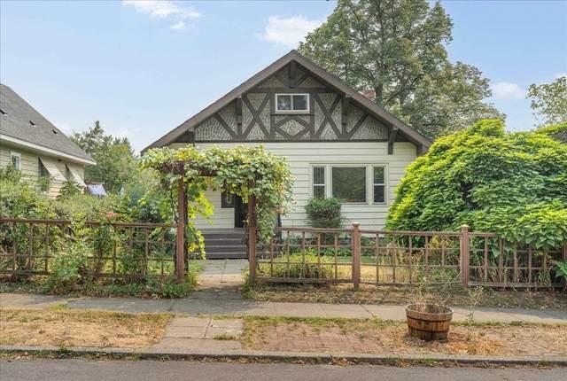 1827 W Augusta Ave, Spokane, WA 99205 (#202120038) :: Prime Real Estate Group