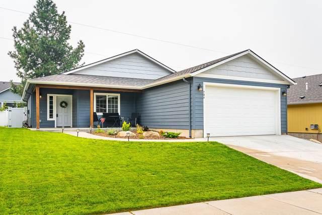 704 E Canterbury Ln, Colbert, WA 99005 (#202120076) :: The Spokane Home Guy Group