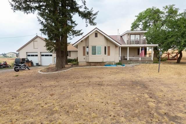 12311 E Stoughton Rd, Valleyford, WA 99036 (#202120274) :: The Spokane Home Guy Group