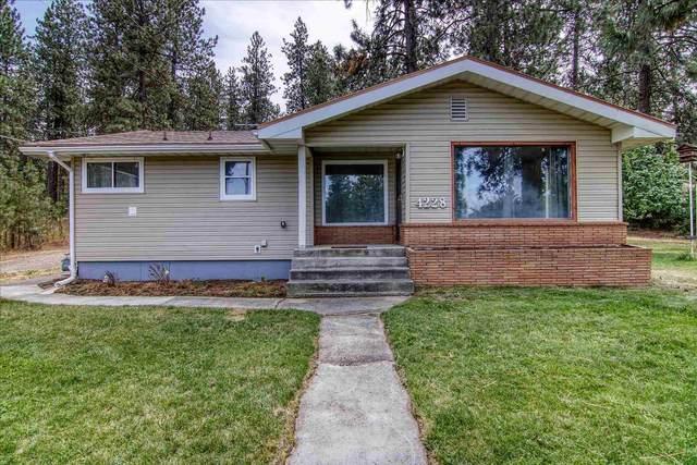 4228 E 16th Ave, Spokane, WA 99223 (#202120461) :: Elizabeth Boykin | Keller Williams Spokane