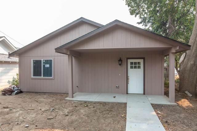 4048 E 4th Ave, Spokane, WA 99202 (#202120805) :: Bernadette Pillar Real Estate