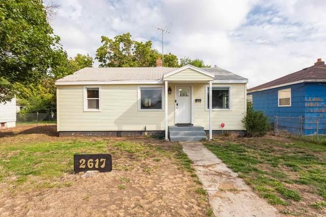 2617 E Nebraska Ave, Spokane, WA 99208 (#202121106) :: Freedom Real Estate Group