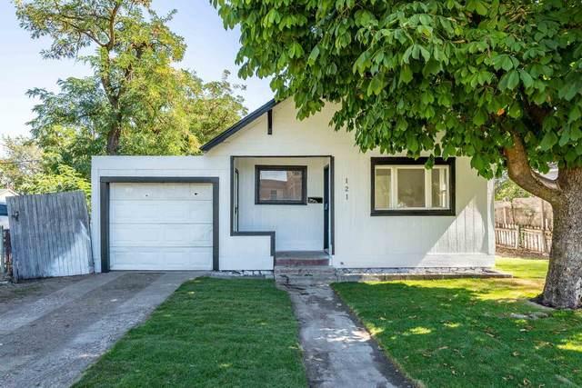121 S Haven St, Spokane, WA 99202 (#202121762) :: Bernadette Pillar Real Estate