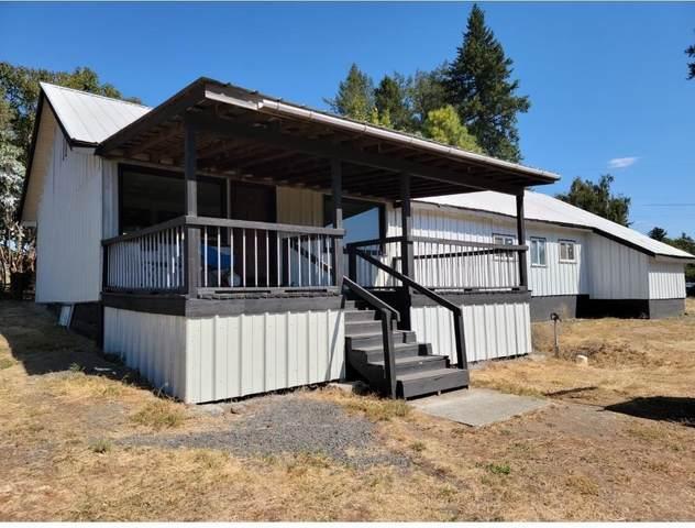 3xx E Market St, Latah, WA 99018 (#202121770) :: The Spokane Home Guy Group