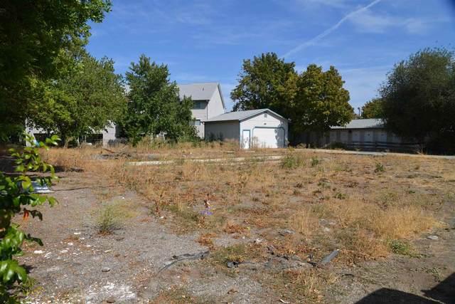 15809 E 4th Ave, Spokane Valley, WA 99037 (#202121868) :: Real Estate Done Right