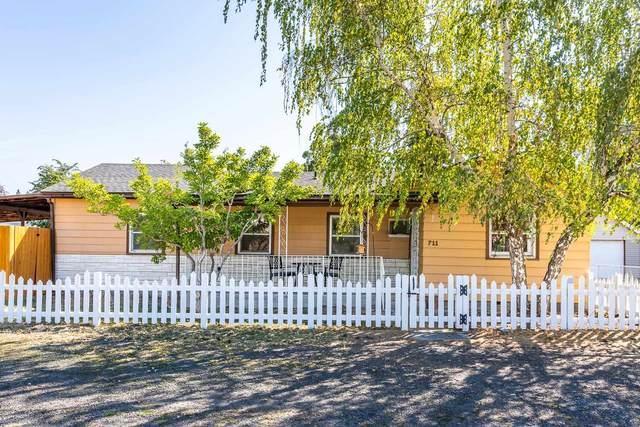 711 S Coleman Rd, Spokane Valley, WA 99212 (#202121921) :: Prime Real Estate Group