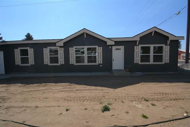 6620 N Crestline St, Spokane, WA 99217 (#202122004) :: The Spokane Home Guy Group