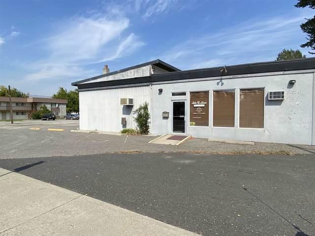 205 N Main St, Colville, WA 99114 (#202122050) :: Cudo Home Group