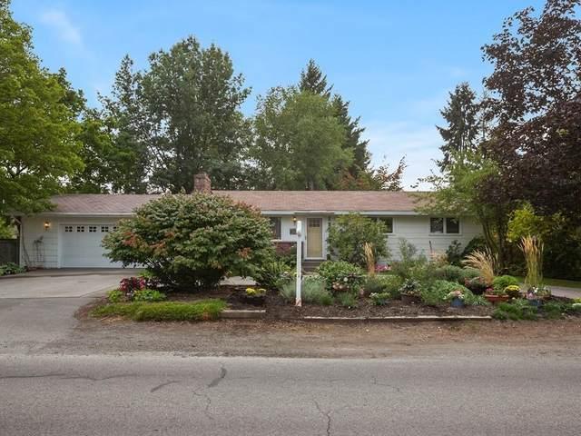 13218 E 8th Ave, Spokane Valley, WA 99216 (#202122105) :: Bernadette Pillar Real Estate