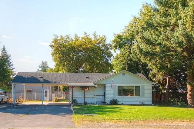 214 E C St, Deer Park, WA 99006 (#202122284) :: The Synergy Group