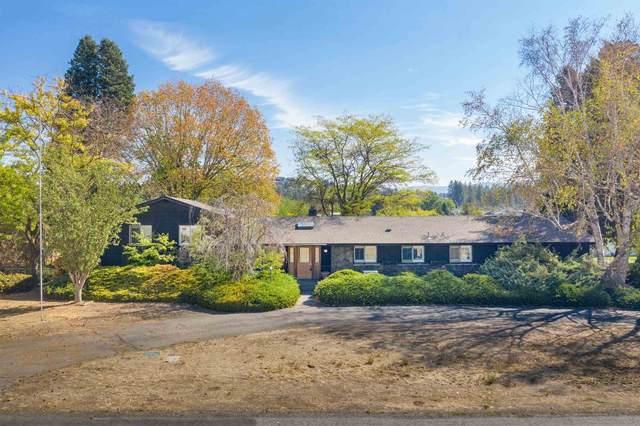 2615 S Progress Rd, Spokane Valley, WA 99037 (#202122385) :: Five Star Real Estate Group
